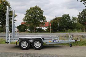 <strong>B30350/180HTP</strong> Baumaschinentransporter